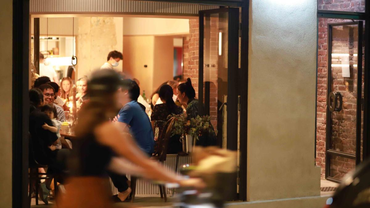 Service en Salle PAPI Restaurant à Montmartre